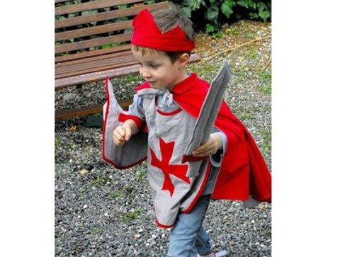 Déguisement de chevalier - Halloween : 30 idées de déguisement pour enfant