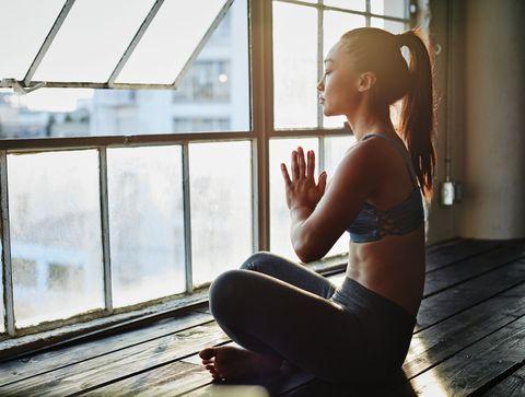 Top 10 des postures de yoga antifatigue