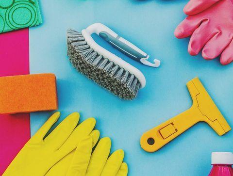 Nettoyer les surfaces de son logement et son linge