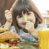 Peut-on emmener ses enfants au fast-food sans culpabiliser ?