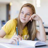 Mon ado veut changer d'orientation scolaire : que faire ?