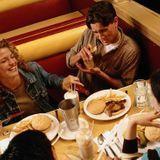 Manger dehors avec les copains