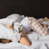 Sommeil léger : comment mieux dormir et en finir avec les réveils nocturnes ?