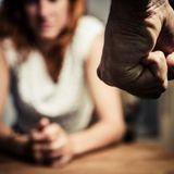 Violences conjugales : briser la loi du silence