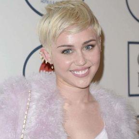 Cheveux platine blanc Miley Cyrus