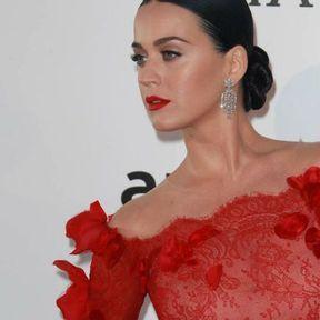 Le chignon bas de Katy Perry