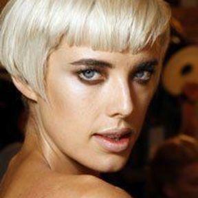 Le blond platine d'Agyness Deyn