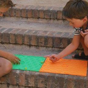 Une autre façon de jouer aux billes : Game Plak'