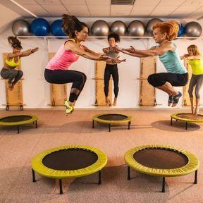 Sauts sur trampolines