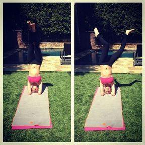 Kaley Cuoco fana du yoga