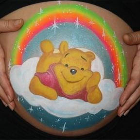 Le belly painting Winnie l'ourson