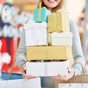 Liste de naissance : mixer petits et gros cadeaux