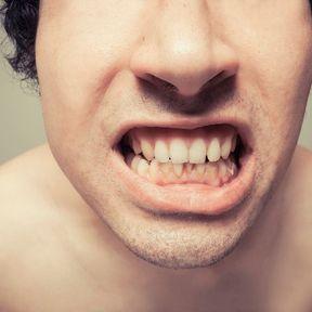 Grincer des dents