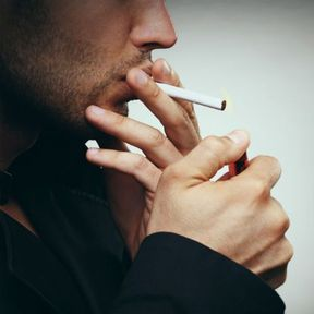 Fumer des cigarettes