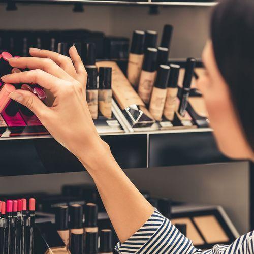 Monoprix se lance dans le maquillage bio
