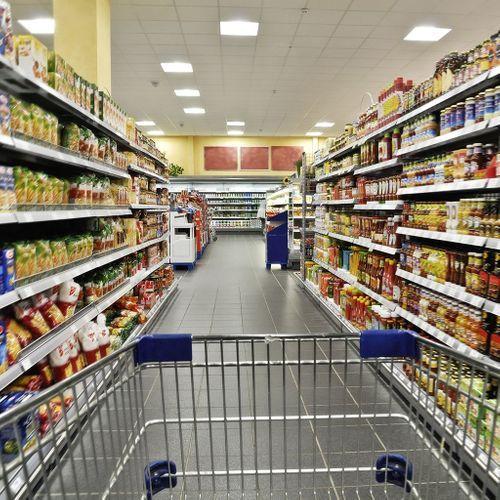Les aliments industriels ultra-transformés favoriseraient le vieillissement biologique, selon une étude