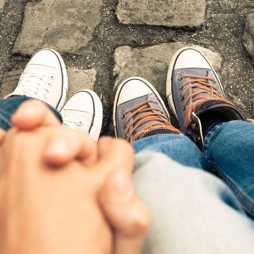 """""""Ok pas Ok"""" :  Santé Publique France relance la campagne pour le consentement chez les ados"""